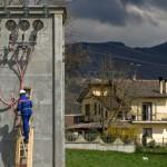 ARCHIVIO FOTOGRAFICO INTERNAZIONALE ENELENEL INTERNATIONAL PHOTOGRAPHIC ARCHIVERieti (Italia), marzo 2007:Un tecnico presso la Cabina Secondaria di distribuzione di Campigliano